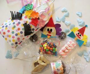 ממתקים מחופשים למשלוח המנות