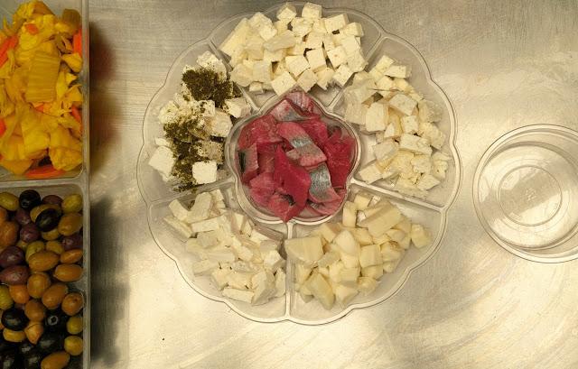 רמלה מגש גבינות