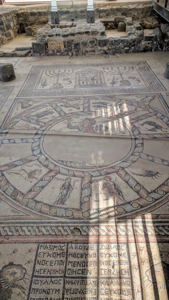נצרות סובב כנרת ועוד קצת בית הכנסת בחמת טבריה