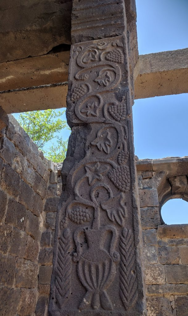 בית הכנסת העתיק בעין קשתות הגולן המערבי