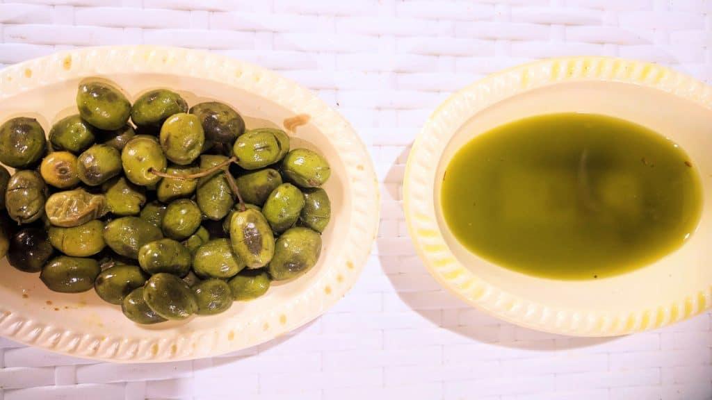 שמן זית וזיתים