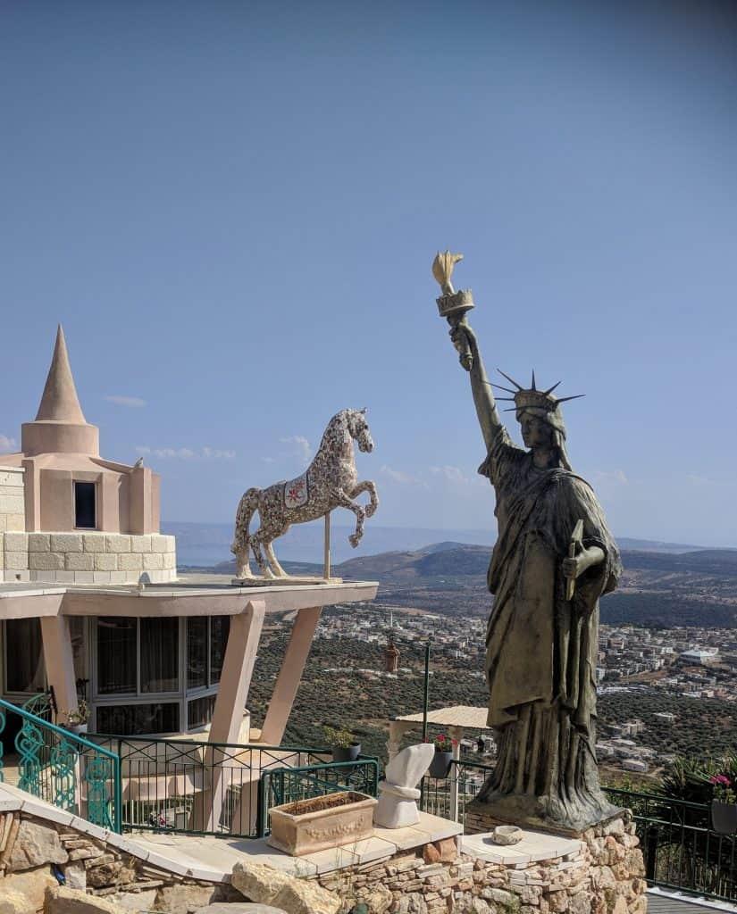 מע'אר פסטיבל הזית בגליל תצפית מביתו של האמן חיכמת חריס