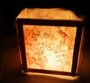 פנסי אור עששיות לחנוכהבטיפטוף נרות