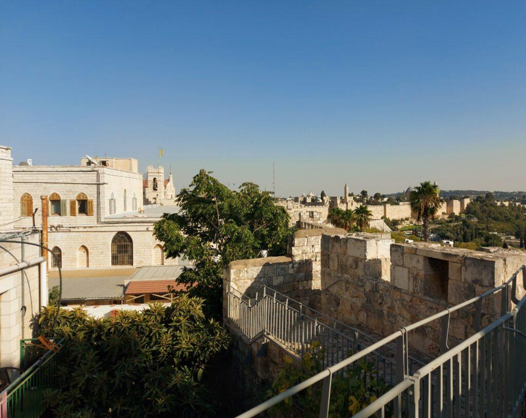 ירושלים של מעלה טיול בחומה הצפונית