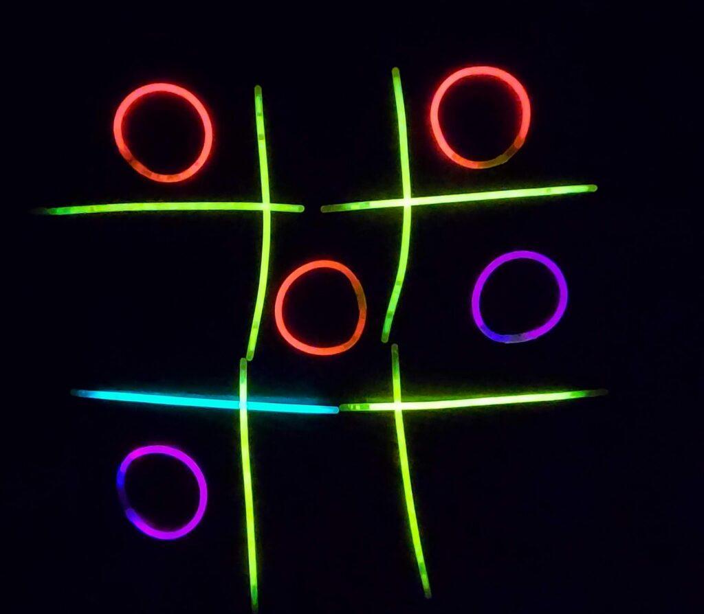 משחקים של אור בחושך לחג חנוכה